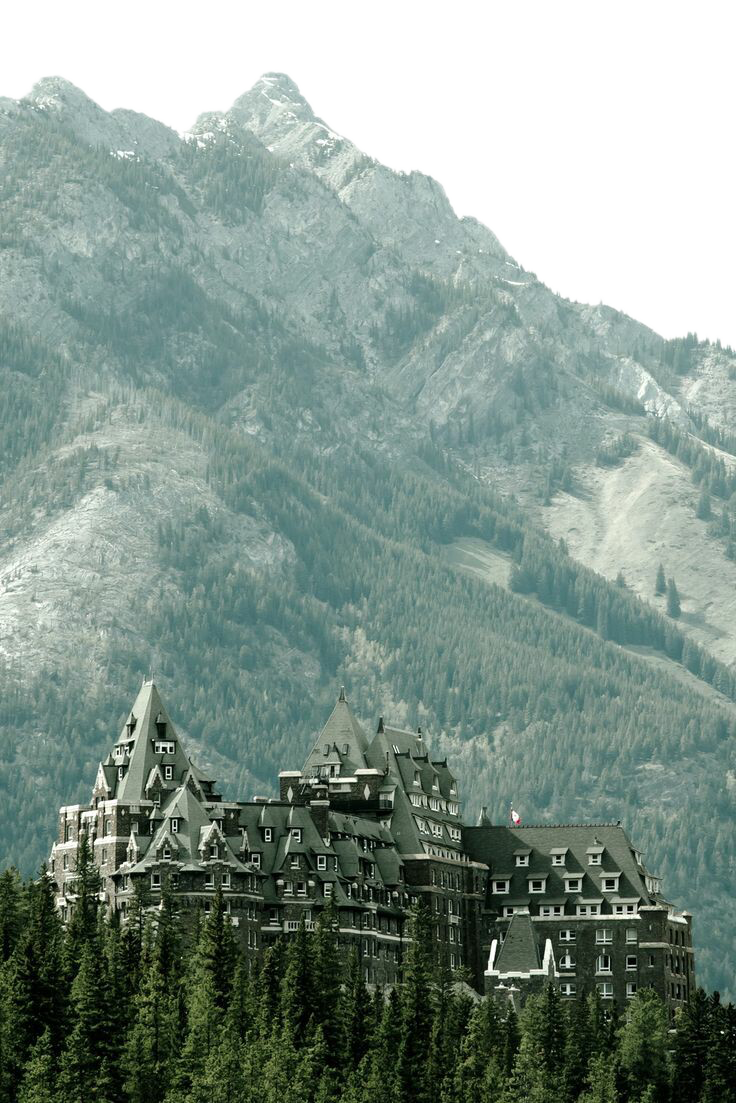 Huge House by the Green Mountains - Canada PNG Image