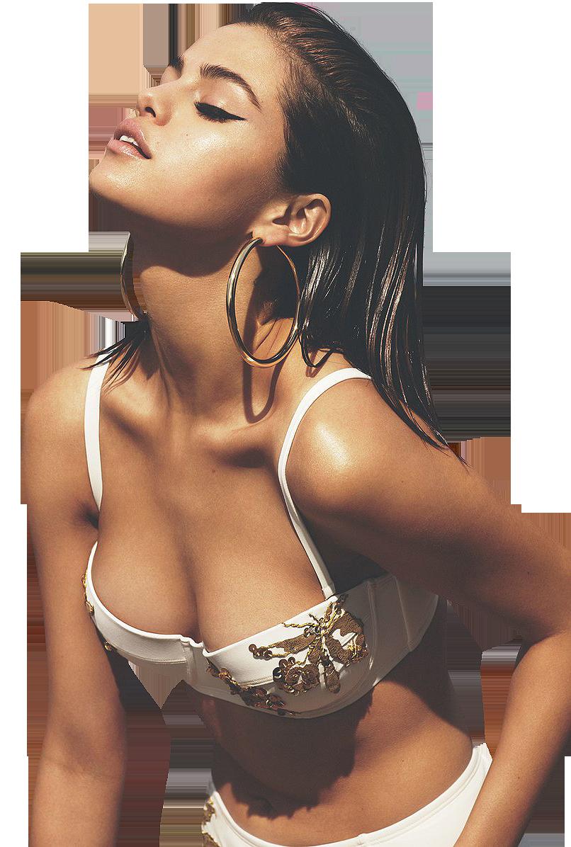 Sexy Selena Gomez in short Clothes