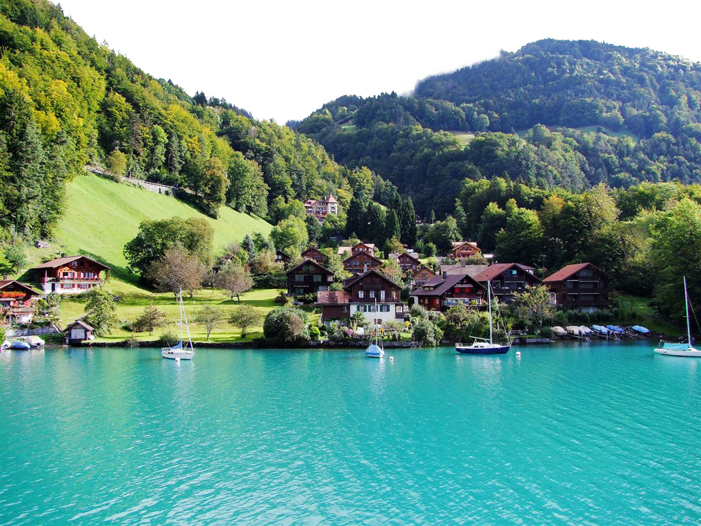 Boat-riding in Summer -Switzerland PNG Image