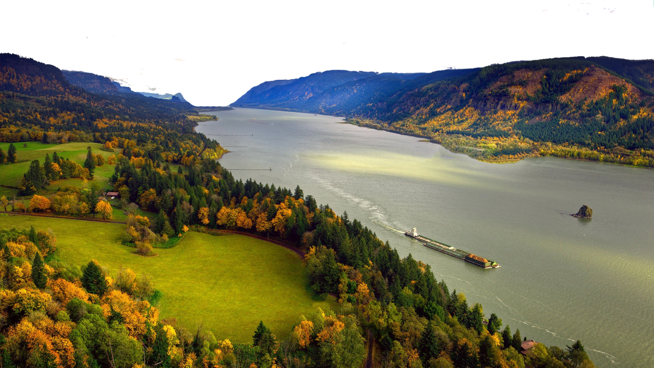 River between Mountains PNG Image